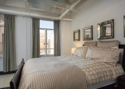Lofts At Hollywood And Vine - Evelyn Ginossi - bedroom2