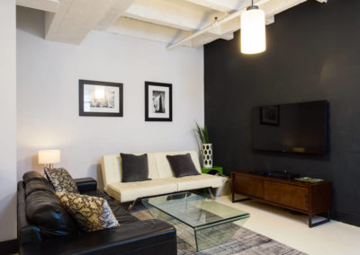 Lofts At Hollywood And Vine - Evelyn Ginossi - living area 3
