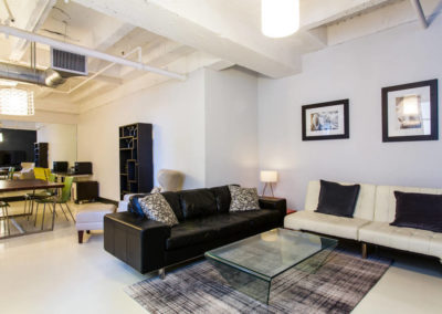 Lofts At Hollywood And Vine - Evelyn Ginossi - living area